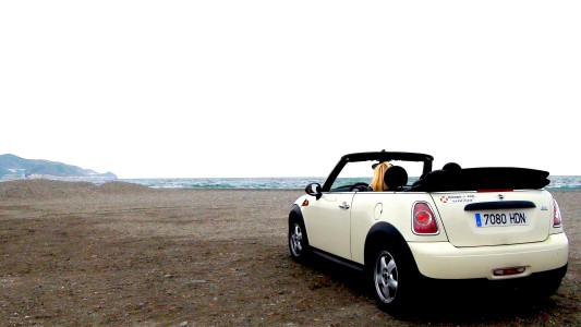 Mit dem Mini am Strand