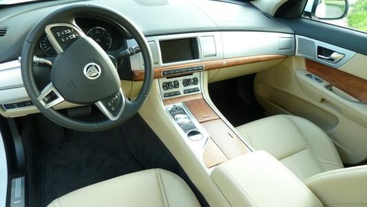 Jaguar XF Innenraum, Foto: Autogefühl