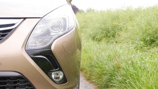 Opel Zafira Tourer, Signature-Scheinwerfer, Foto: Autogefühl