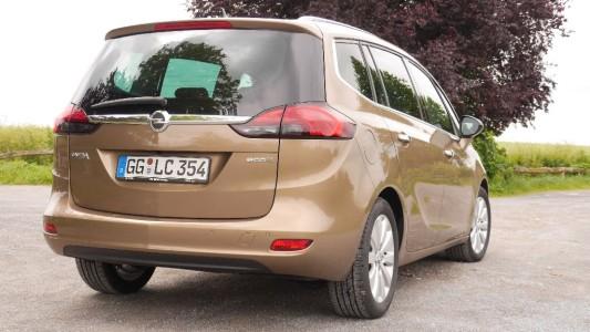 Opel Zafira Tourer hinten, Foto: Autogefühl