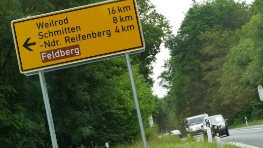 Der Weg zum Großen Feldberg im Taunus, Foto: Autogefühl