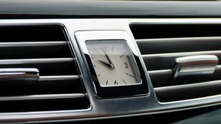 Mercedes CLS Shooting Brake Analog-Uhr, Foto: Autogefühl