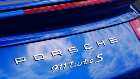 Porsche 911 Turbo S Badge, Foto: Autogefühl