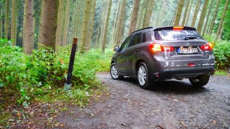 Der Mitsubishi ASX bietet mehr Bodenfreiheit, als man denkt. Foto: Autogefühl