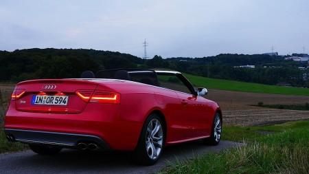 Audi S5 Cabriolet in Misanrot, Foto: Autogefuehl