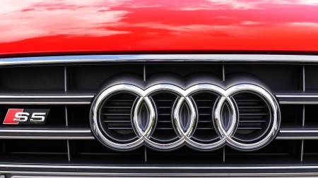 Audi S5 Cabriolet front badge, Foto: Autogefühl