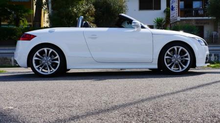 Audi TTS Roadster in weiß, Foto: Autogefühl