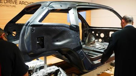BMW i3 Kohlefaser-Chasis auf IAA 2013 in Frankfurt, Foto: Autogefühl