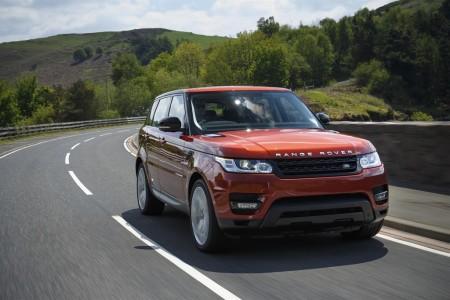 Der neue Range Rover Sport mit permanentem Allradantrieb. Foto: Land Rover