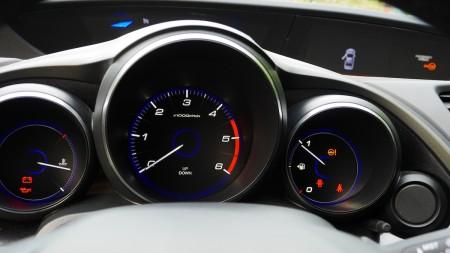 Honda Civic geteilte Anzeigetafel: unten Drehzahl, Foto: Autogefühl