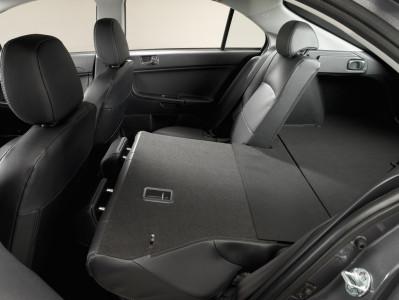 Mitsubishi Lancer Sportback umklappbare Sitze, Foto: Mitsubishi