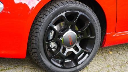 Fiat 500 S schwarze Felgen, Foto: Autogefühl