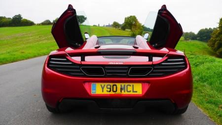 McLaren 12C Spider Flügeltüren, Foto: Autogefühl