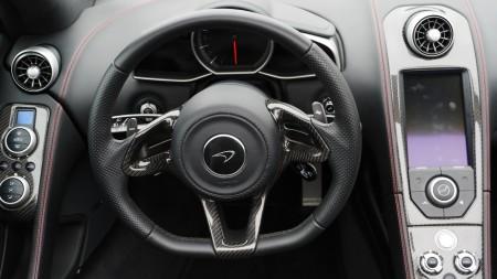 McLaren 12C Spider Cockpit, Foto: Autogefühl