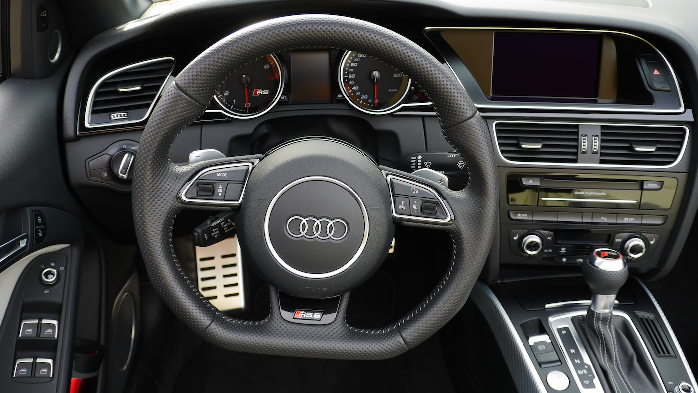 Audi rs5 cabriolet test in metern h he autogef hl for Innenraum designer