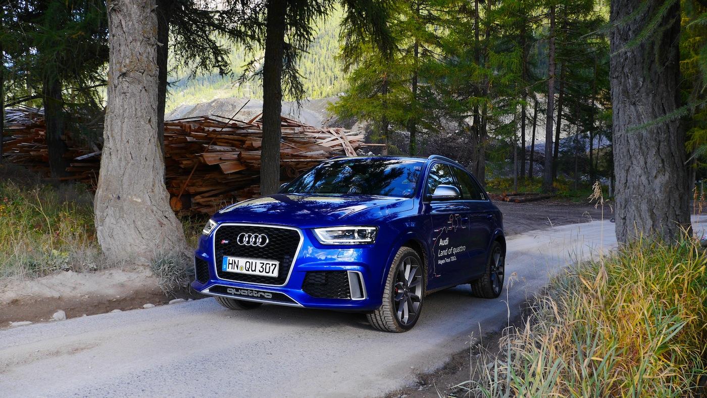 Der Audi RS Q3 kann auch ein bisschen offroad, Foto: Autogefühl
