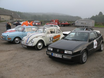 VW Corrado aus dem Jahr 1989 (vorne rechts), Foto: Autogefühl