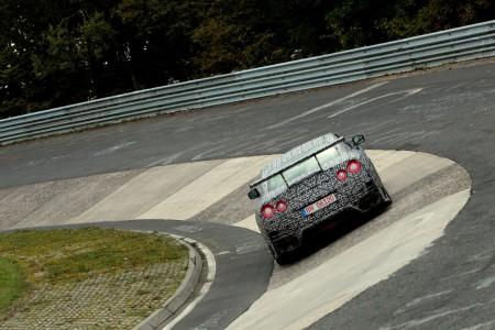 Neuer Nissan GT-R Nismo Erprobungsfahrzeug auf der Nordschleife, Foto: Nissan