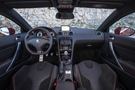 Peugeot RCZ-R Cockpit, Foto: Peugeot
