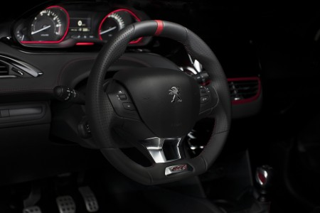 Peugeot 208 GTi Lenkrad, Foto: Peugeot
