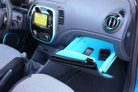 Renault Captur Innenraum mit praktischem Handschuhfach, Foto: Renault