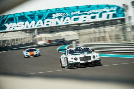 Erfolgreiches Debüt bei den 12 h von Abu Dhabi - Continental GT3 - Foto: Bentley