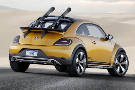 Gleich zwei Spoiler dienen als Halter für die Bretter - Foto: Volkswagen