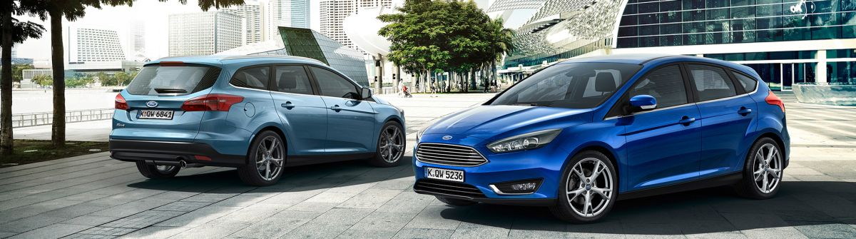 Ford Focus Facelift 2014 5-Türer und Kombi (links), Foto: Ford