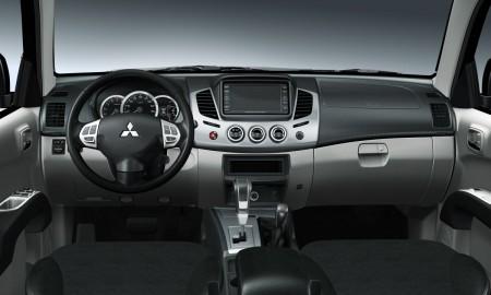 Mitsubishi L200 Cockpit, Foto: Mitsubishi
