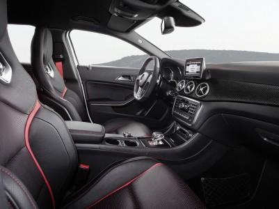 Mercedes-Benz GLA 45 AMG (X 156) Innenraum, Foto: Mercedes