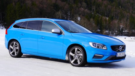 Volvo V60 R-Design in Rebel Blue, Foto: Autogefühl