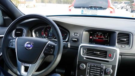 Volvo V60 R-Design Cockpit, Foto: AutogefühlVolvo V60 R-Design Cockpit, Foto: Autogefühl