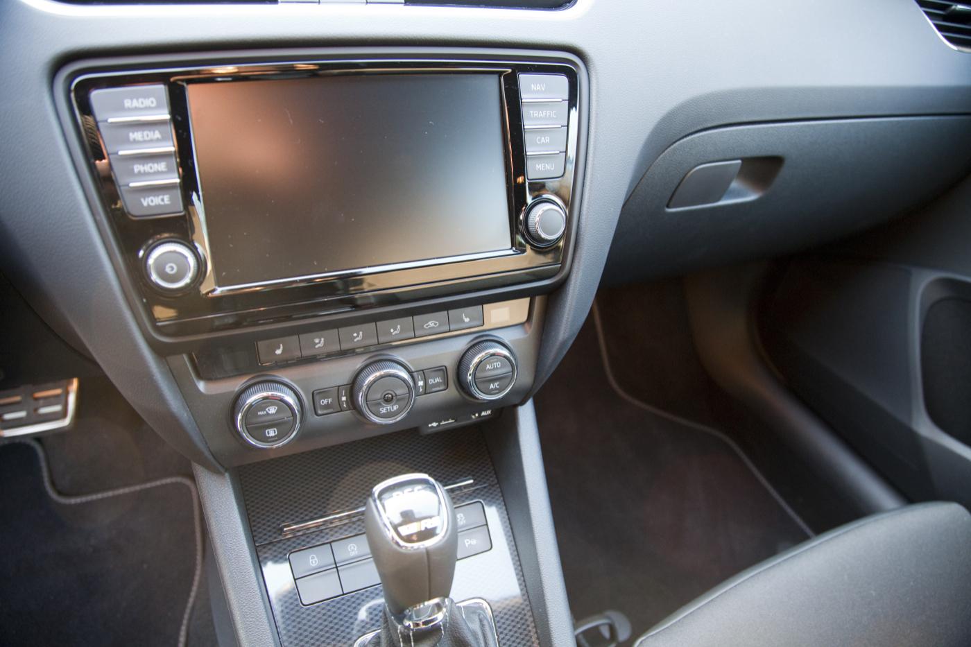 Skoda Octavia Combi RS - Navi Columbus Foto: Thomas Blachetzki