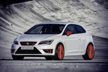 Seat Leon Cupra mit Performance Pack in der Serienversion unverkleidet, Foto: Seat