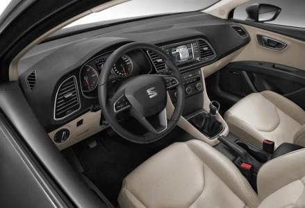Zweifarbiges Interieur der Ausstattungsstufe Leon ST Style - Foto: Seat