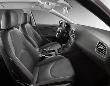 Die Sitze bieten genügend Seitenhalt - Seat Leon ST FR - Foto: Seat