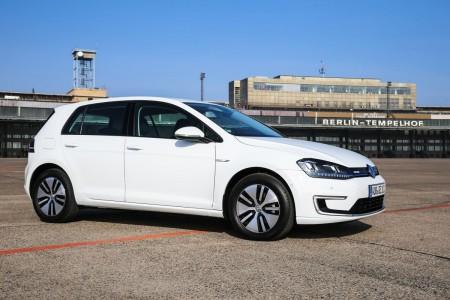 Der neue Volkswagen e-Golf am Flughafen Tempelhof, Foto: Autogefühl