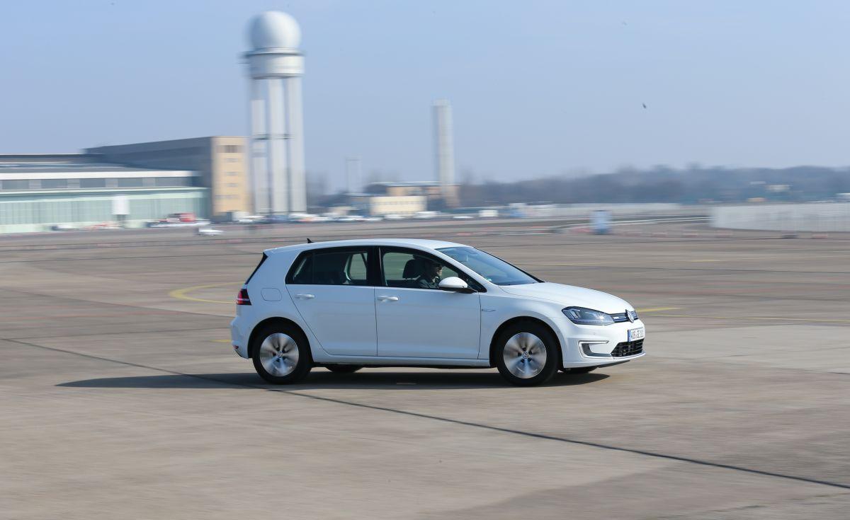 Autogefühl unterwegs im VW e-Golf, Foto: Autogefühl