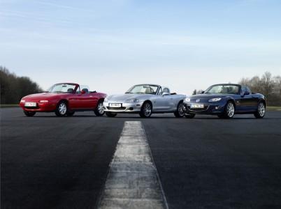 Mazda MX-5 drei Generationen (1. / 2. / 3.) Foto: Mazda; Hildebrandt/Lorenz