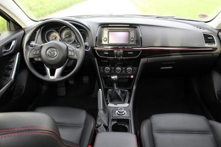 Mazda6 Limousine Cockpit, Foto: Autogefühl