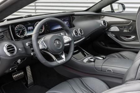 Mercedes-Benz S 63 AMG Coupé (C 217) 2014; Leder Exklusiv Nappa AMG schwarz; AMG Zierelemente Carbon / Klavierlack schwarz, Foto: Mercedes