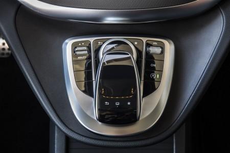 Mercedes V-Klasse Multimedia-Bedieneinheit, Foto: Mercedes
