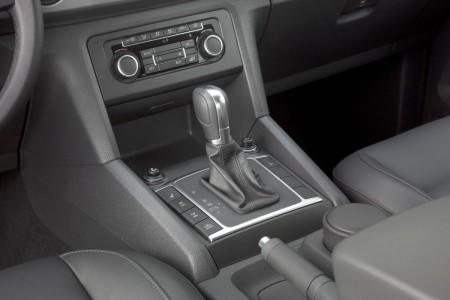VW Amarok mit 8-Gang-Automatik als erstes Fahrzeug seiner Klasse, Foto: VW
