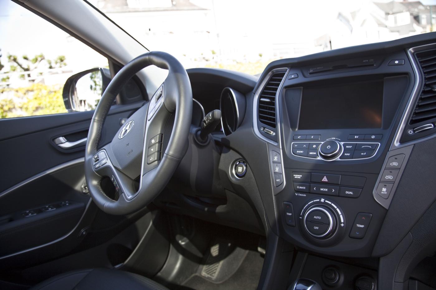 Hyundai Grand Santa FeIMG_2040