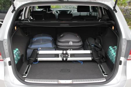 Hyundai i40 Kombi Kofferraum mit Ladungssicherung, Foto: Autogefühl