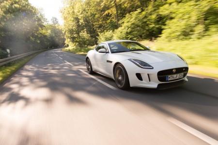 JaguarF-TYPE_Coupe_Autogefuehl006