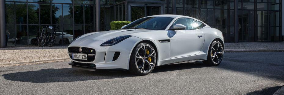 JaguarF-TYPE_R_Coupe