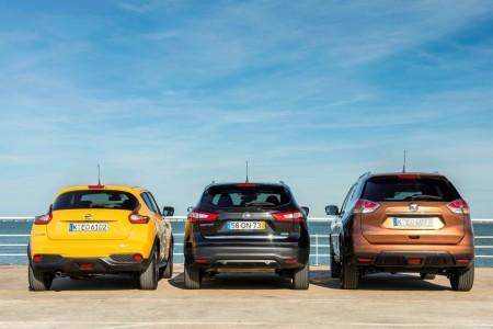 Nissan SUV-Modellpalette mit (von links) Juke Facelift, dem neuen Qashqasi und dem neuen X-Trail. In der Heckansicht sieht man gut die Größenunterschiede. Foto: Nissan