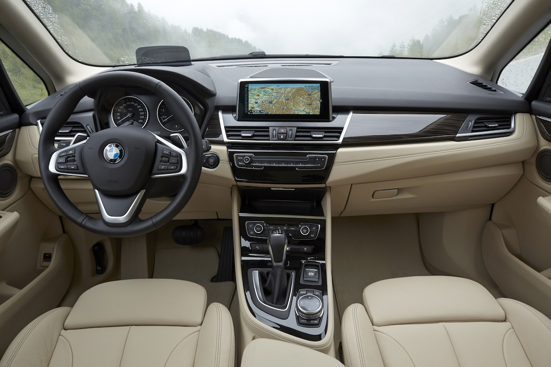 BMW_2series_ActiveTourer_225i_007