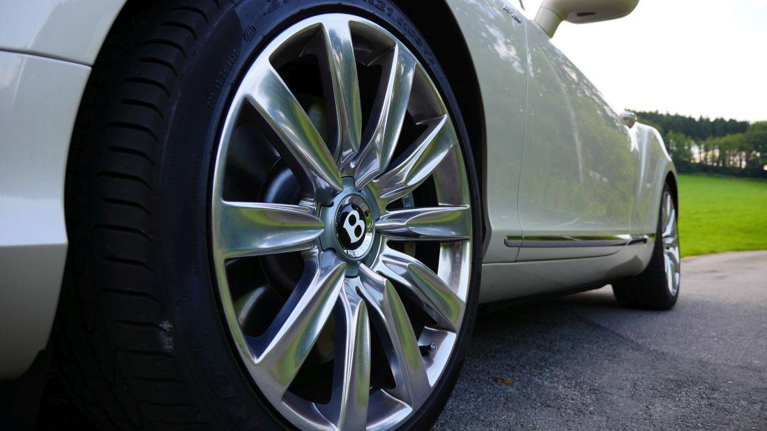 BentleyContinentalGTConvertible_GTC_Autogefuehl006